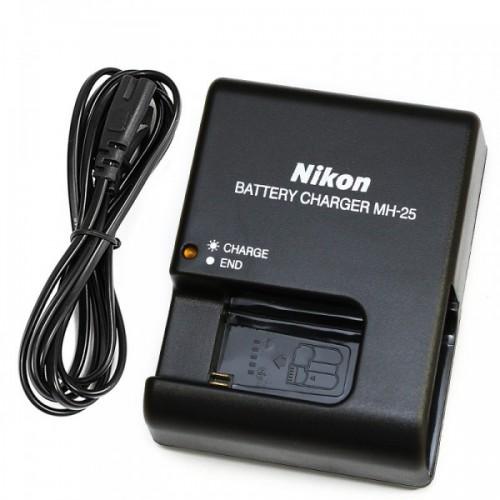 Nikon MH-25 enerji cihazı